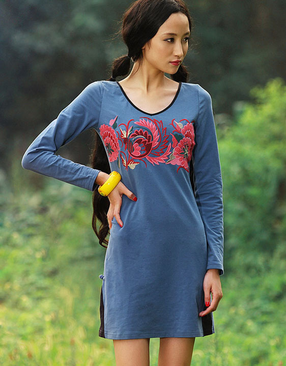 Long sleeves cotton mini dress   blue with floral embroidery