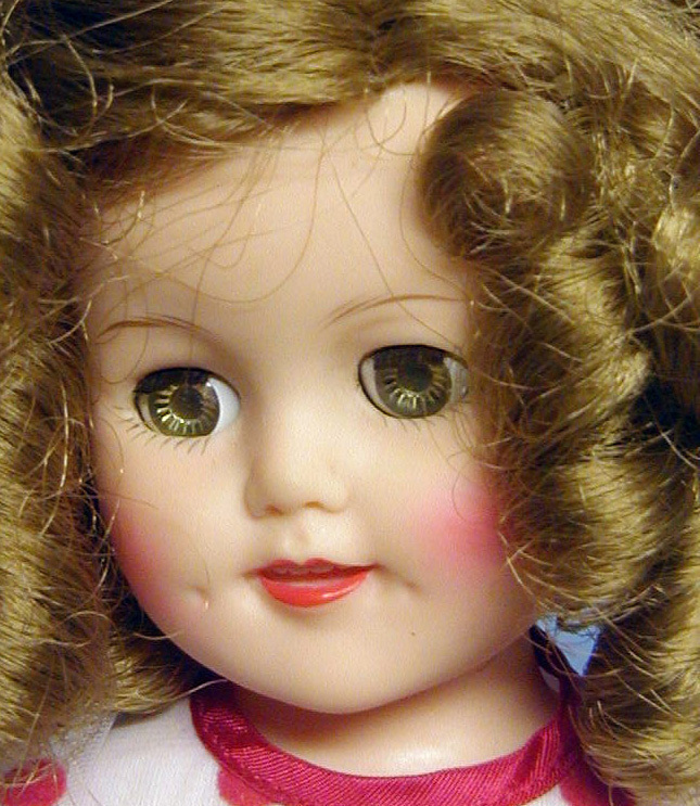 Cropped_shirley_temple_closeup