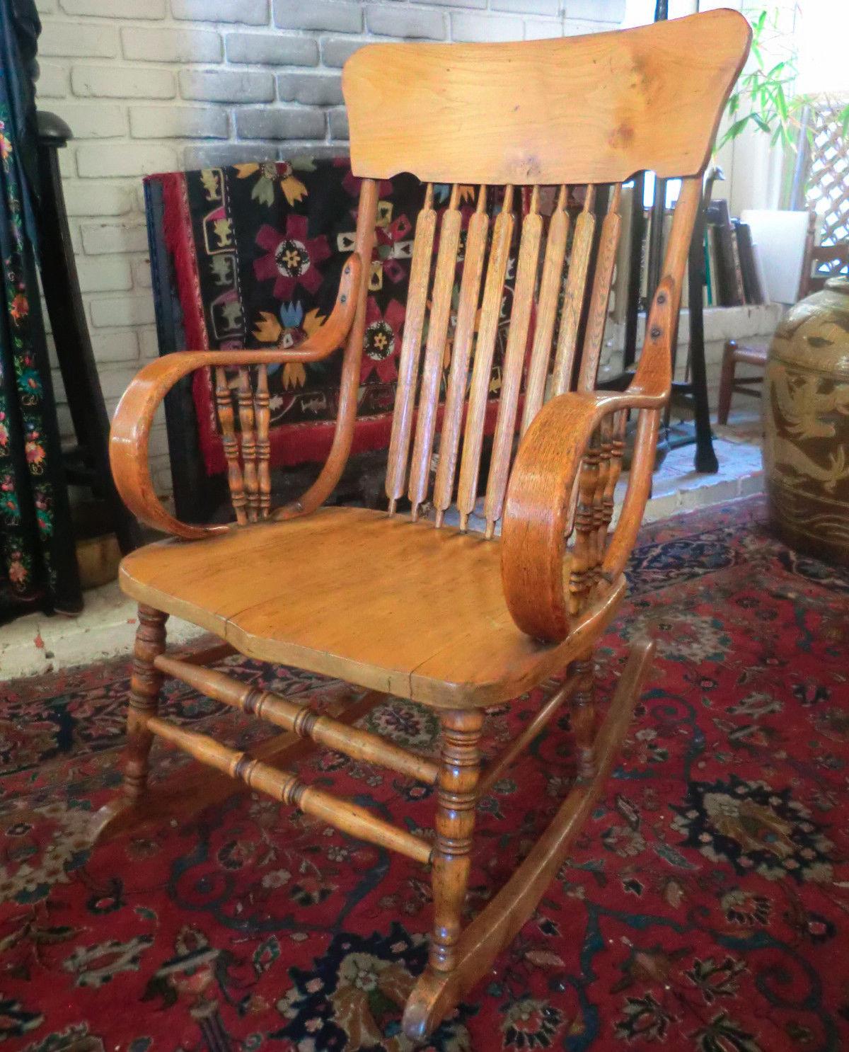 Antique Oak Bentwood Rocker / Rocking Chair - 1800-1899