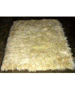 Soft white baby alpaca fur carpet from Peru, 80... - $182.00