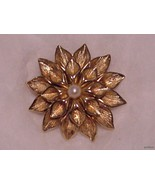 Boucher Fancy Gold Dalhia Brooch with Pearl Cen... - $59.95