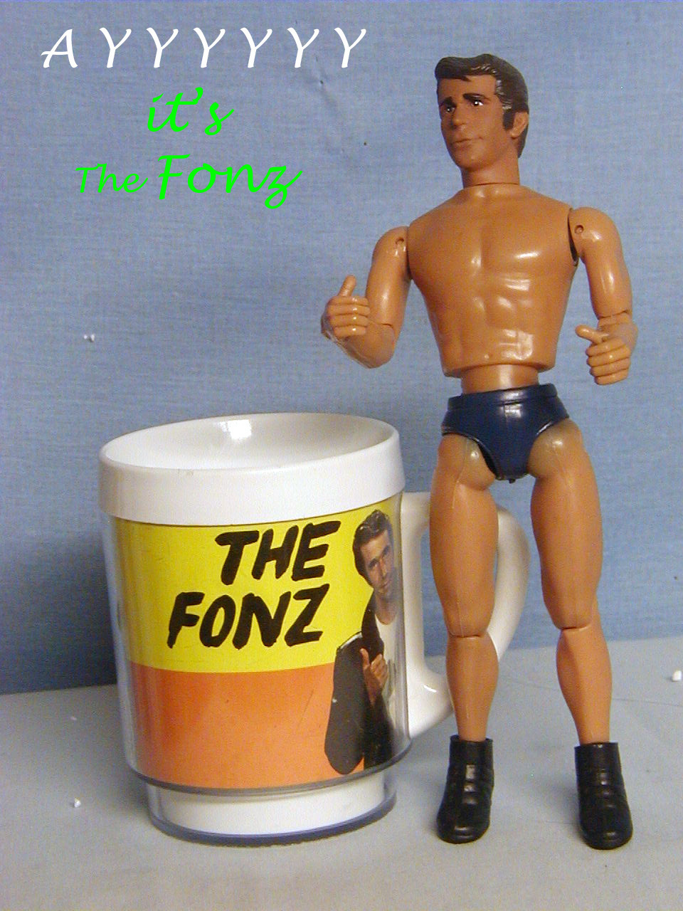 [Image: use-The_Fonz_w-cup_2.jpg]