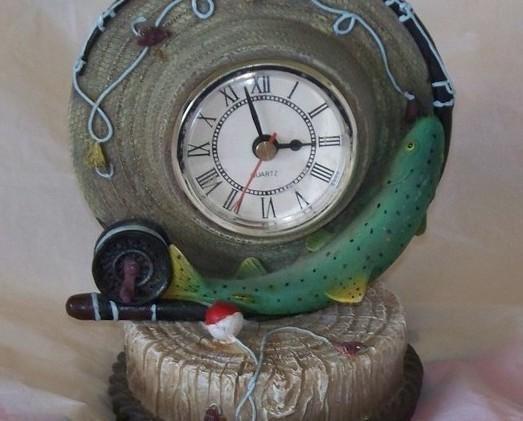 Quartz Clock Fishing Theme