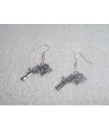 Revolver Gun Rose with Vine Pair of Earrings Je... - $4.95