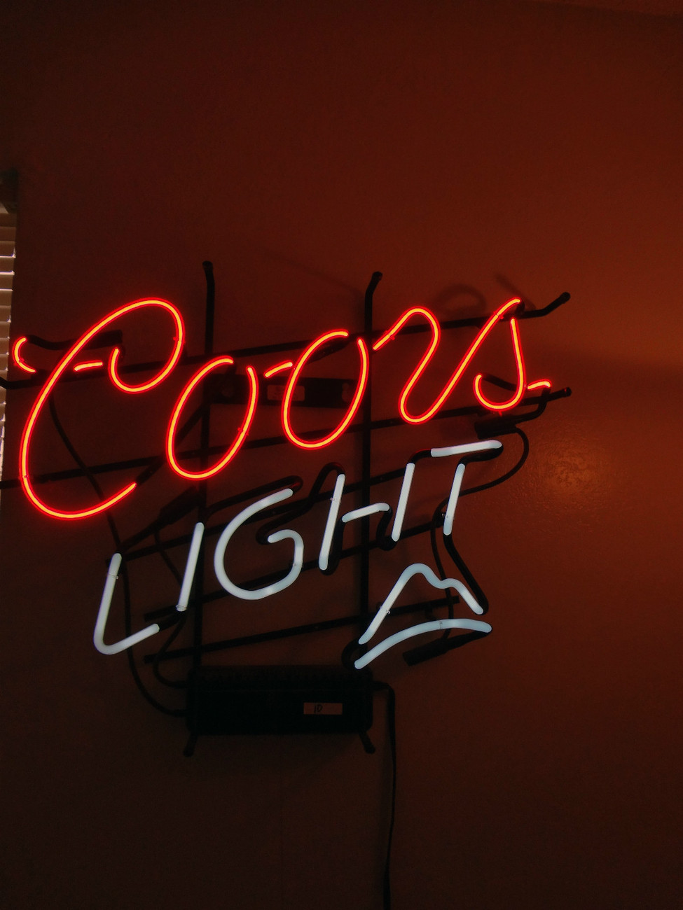 Coors Light Neon Beer sign display bar pub man cave decor