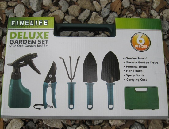 Yard Garden Tools Shovel Rake Shears Trowel Spray Bottle Carry Case 6 Piece Set