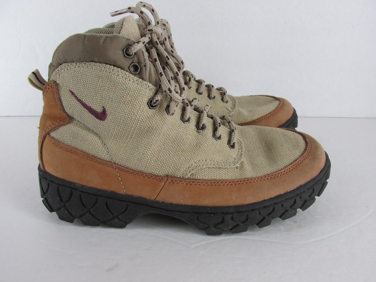 Brilliant Womens Nike ACG Brush Kicker Leather Boot Walking Hiking Boots Shoes