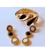 Beautiful Vintage Trifani gold tone bracelet da... - $20.98