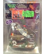 Halloween Lemax Spooky Town Village Ghoul Hot D... - $6.99