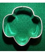 Trefoil cookie cutter - Medium - $5.00