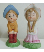 Figurines Kissing Boy and Girl Decorative Porce... - $8.00