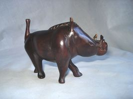 Art Wood Sculpture Warthog Hand Carved 02239 - $69.00
