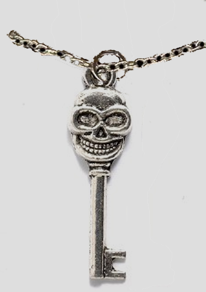 Skull_20skeleton_20key_20pewter_20necklace