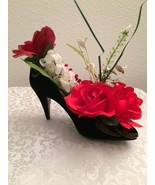 Ella's Floral Arrangement - Black Shoe RW - $29.00