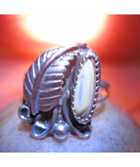 Feather_haunted_ring_spell_cast_cassia4_thumbtall