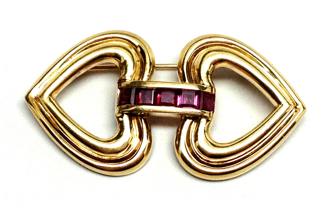 Authentic TIFFANY   CO  18K Yellow Gold Double Heart   Garnet Brooch Pin