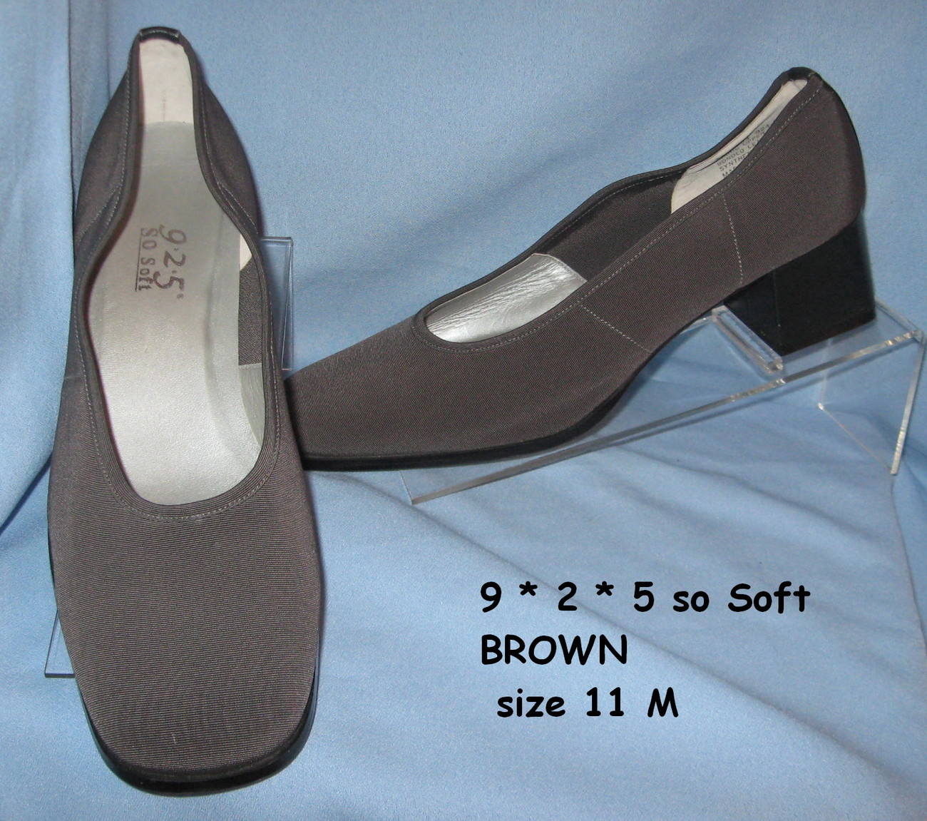 9 2 5 So Soft casual Dress Shoe 11 M Brown microfiber Fabric mid heel Pump S2B