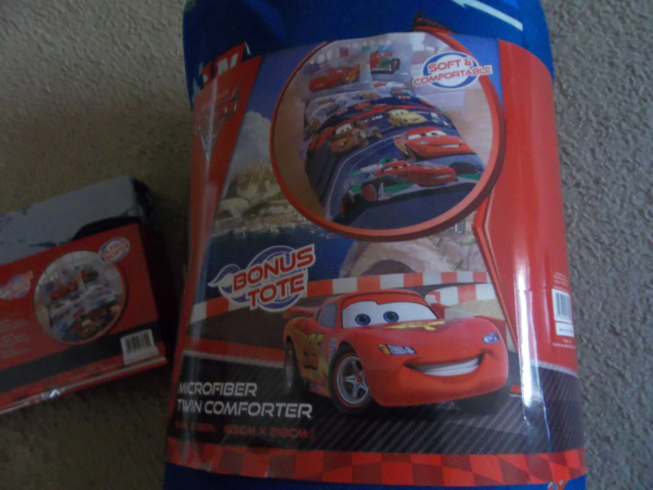 Cars  4 Piece Twin Size Comforter & Sheet Set