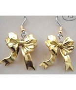 Funky BOWS GOLD RIBBON EARRINGS-Welcome Home-Fu... - $4.97