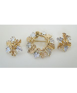 Gorgeous 2 piece brooch clip earrings vintage s... - $18.98