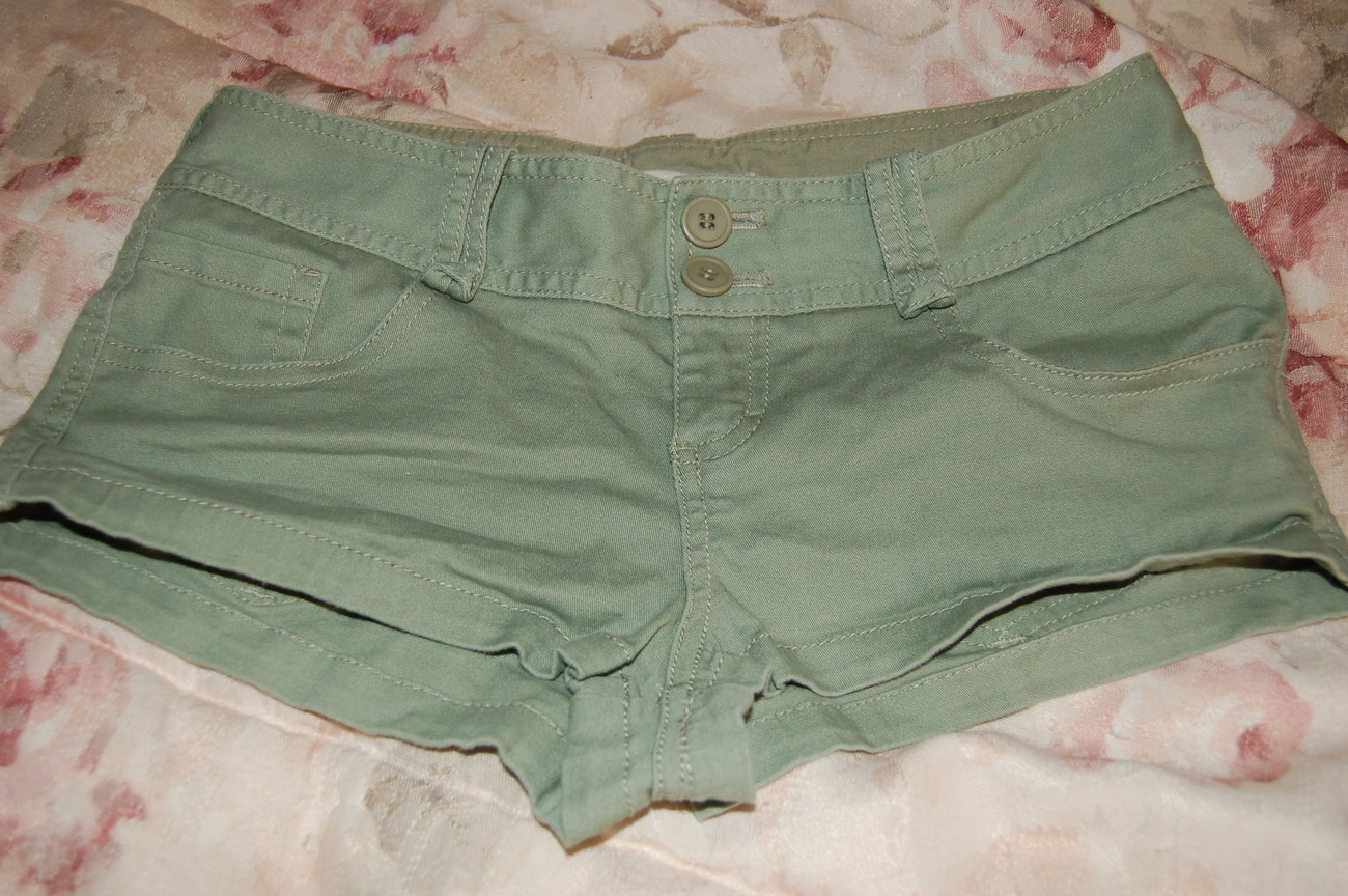 Forever 21 Green Shorts  XS EUC