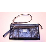 Coach Poppy Black Onyx Patent Leather Zippy Wal... - $55.00