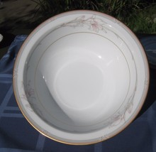Noritake Jenna 3760 vegetable serving bowl  9