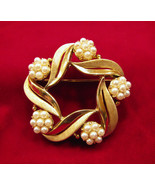 Crown Trifari Brooch Faux Pearl Gold Tone Leaves - $26.00