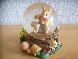 """1999 Mouse in the House """"Garden Concert"""" Snow g... - $18.00"""