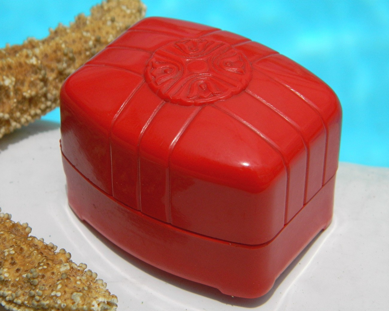 Vintage Art Deco Red Celluloid Plastic Ring Box Jewelry 1936