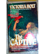 The Captive by Victoria Holt Paperback English ... - $0.99