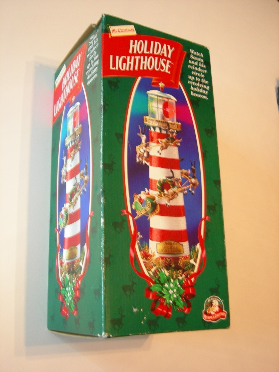 Mr Christmas Holiday Lighthouse table or Tree Topper NIB  : DSCN7092 from www.bonanza.com size 975 x 1300 jpeg 294kB
