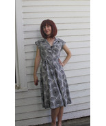 70s Psychedelic Dress Zip Front White Print 197... - $39.99