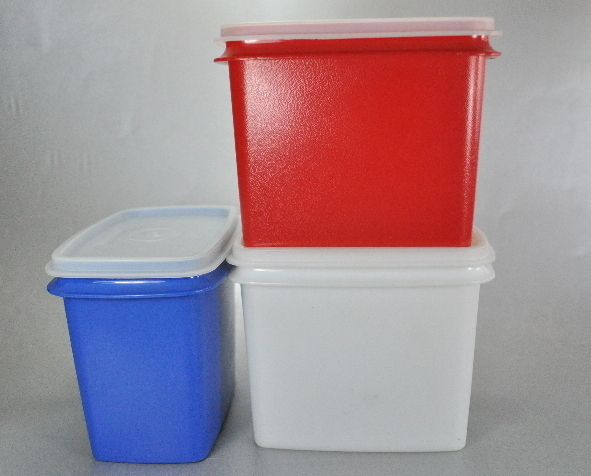 Tupperware Set Red White Blue 3.5 Cup Shelf Saver Canisters
