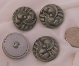 4_grey_celluloid_buttons_thumb200