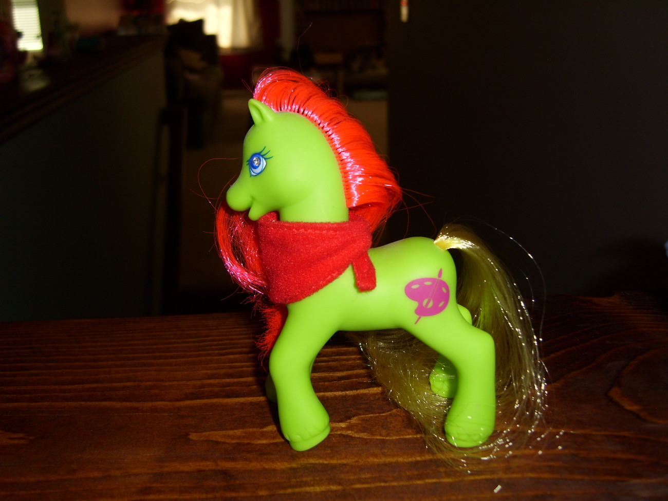 My Little Pony G2 Miss Painter with red scarf