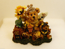 Boyds Bears & Friends Bearstone Victoria Regina... - $31.68