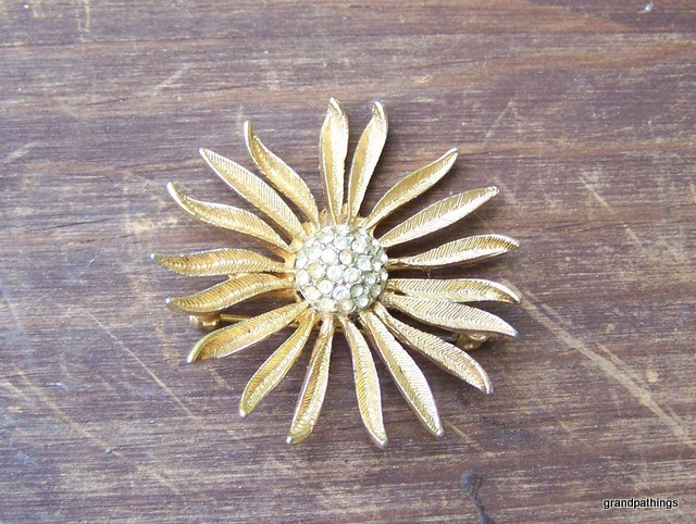 Brooch_pin_012