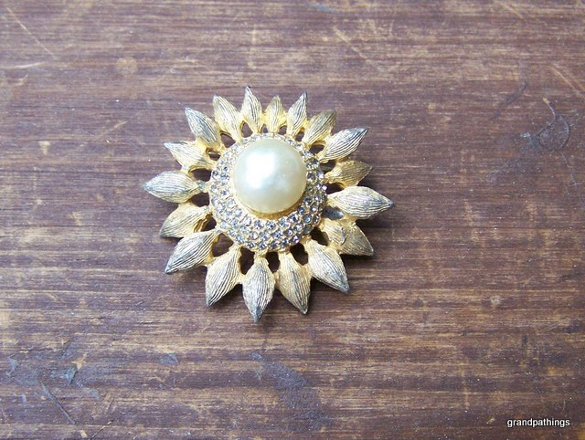 Brooch Pin Vintage Lot # 296