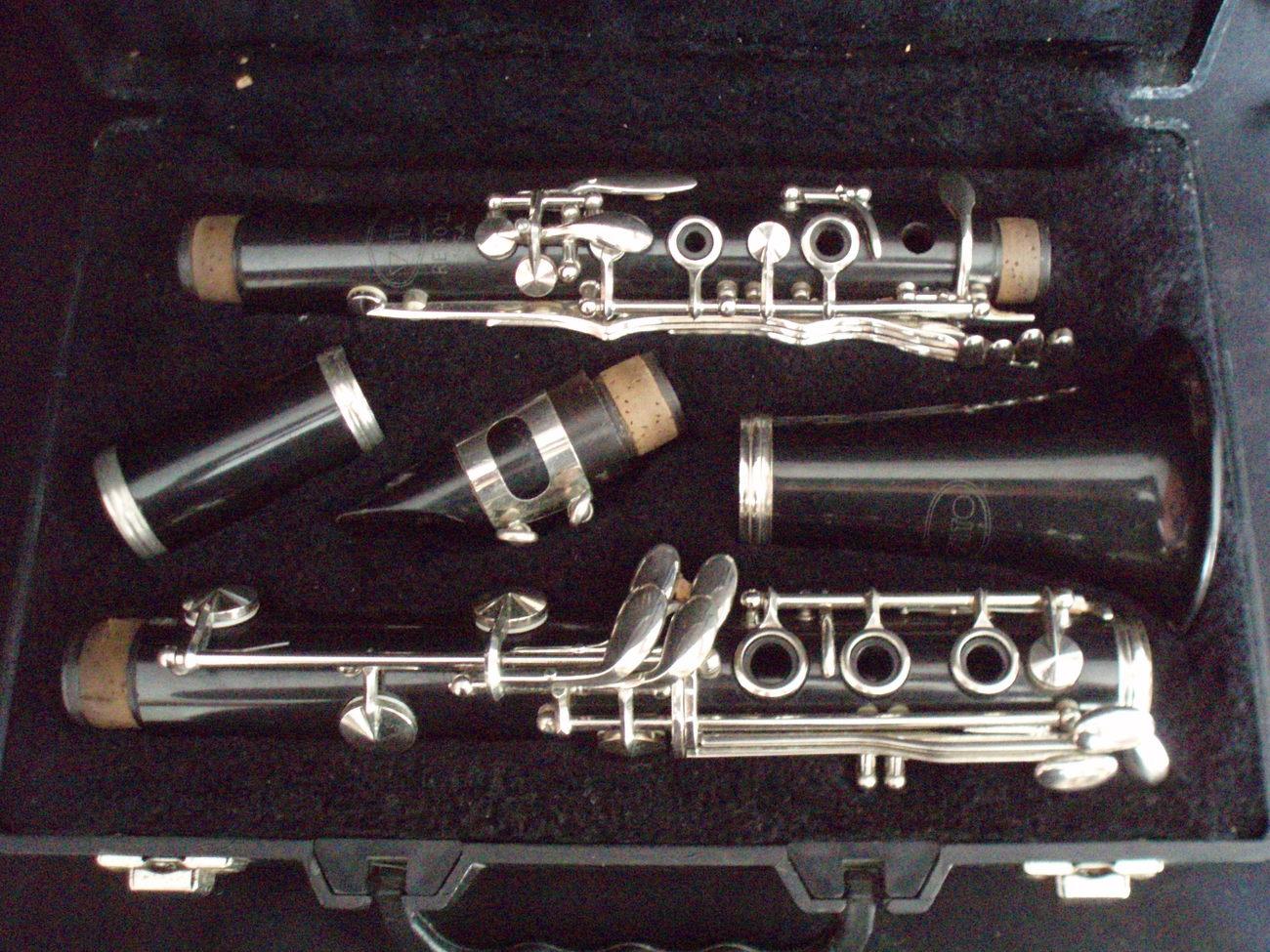 Vito Reso Tone II Clarinet & case woodwind  instrument VTG
