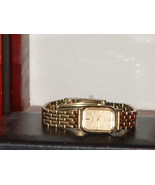 Pre -Owned Women's Gold Tone Timex Casual Quart... - $7.50