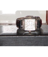 Pre-Owned Retro Women's Black & Silver Analog W... - $10.00
