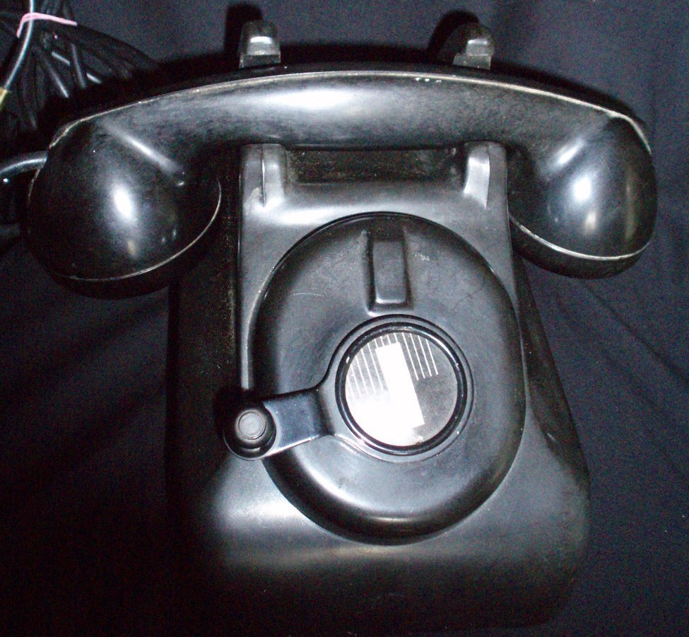 Leigh Bakelite crank dial telephone vintage black phone