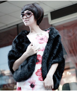 Warm faux fur shrug for parties - black