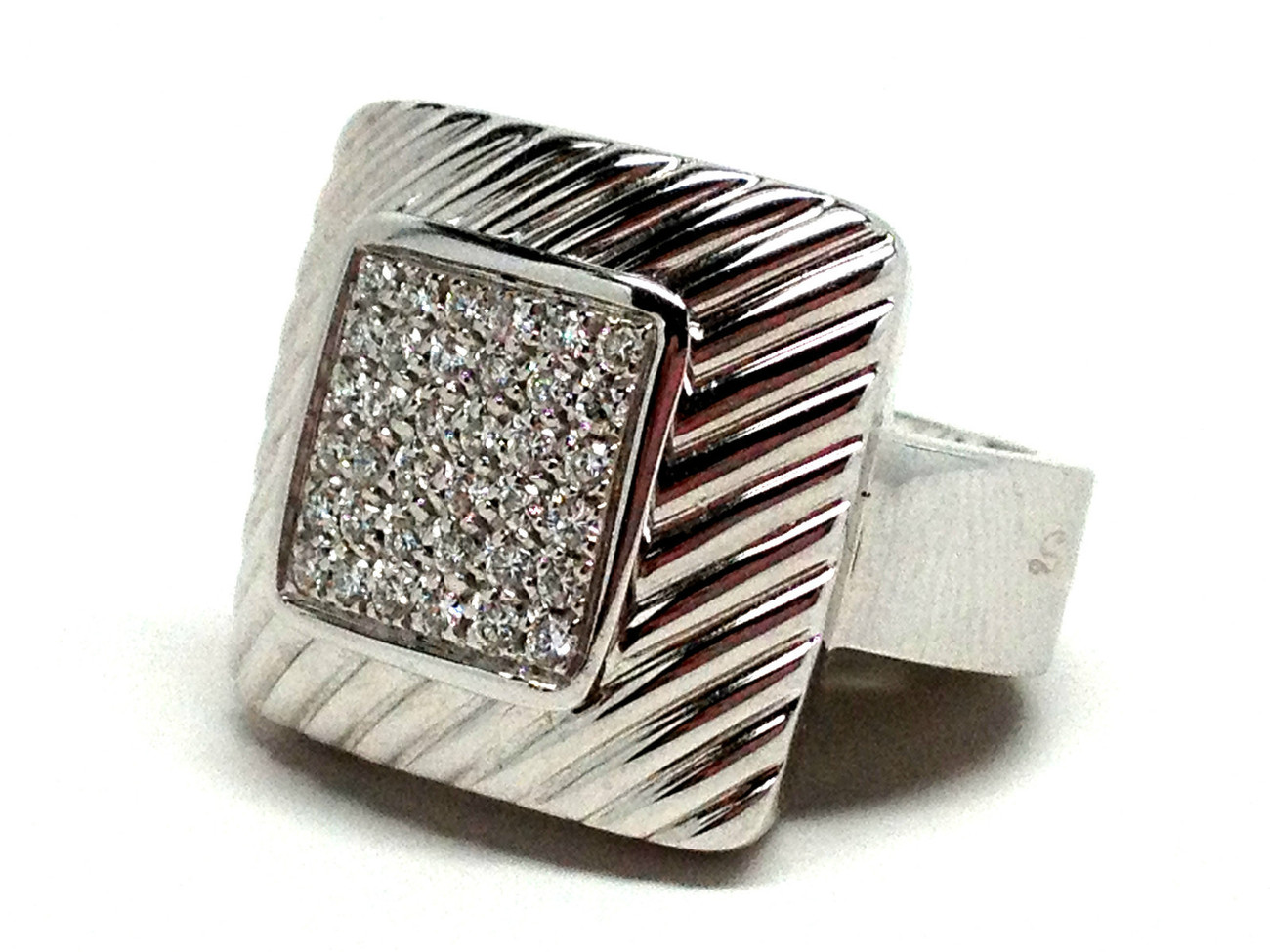 New SALVINI by DAMIANI 18K White Gold .40 cts Diamond Cluster Ring Size 9