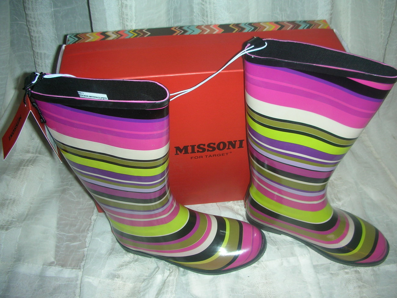 Missoni_for_target-girls-magenta_strips-rainboots__7_