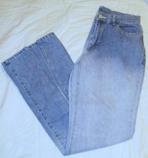 CLIO Two-Tone Rivited Jeans Juniors 11 / Misses 8