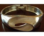 Silver_bangle_ins4_thumb155_crop