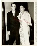 Dorothy LAMOUR Mature SON ORG c.1964 Press PHOT... - $9.99