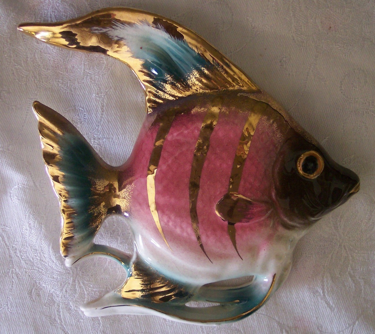 Vintage angel fish wall hanging decor ceramic pink blue for Fish wall hanging